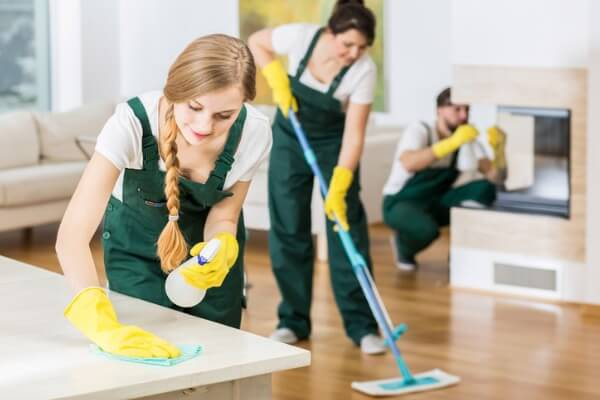 cleander-storstädning-städ-team
