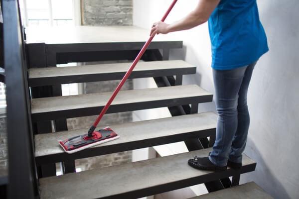 cleander-trappstädning-trappor